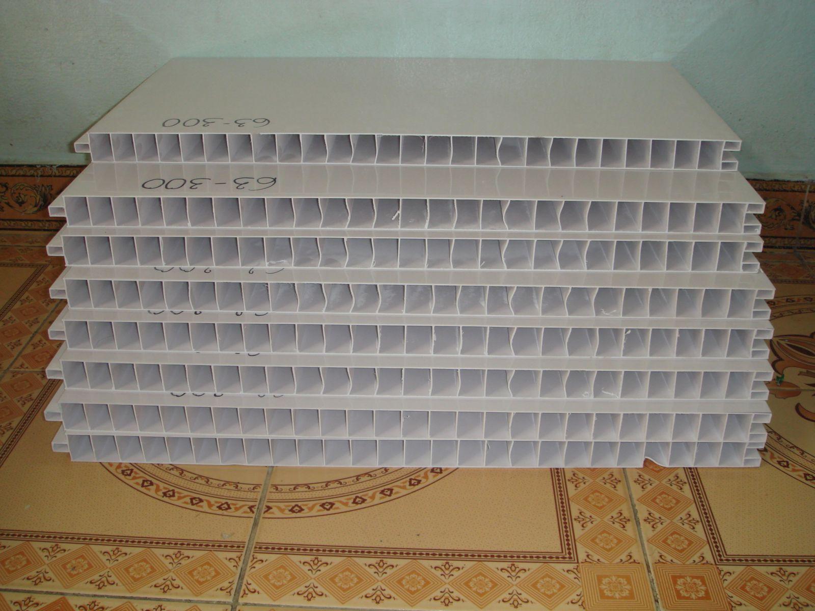 cung cấp tấm nhựa nhà máy thủy sản